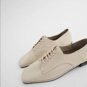 Zara Flat Leather Shoes Square Toe Lace Up